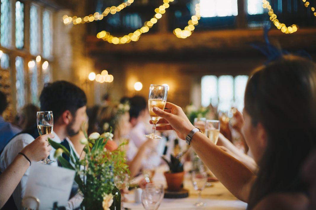 5 Idei de surprize nunta pentru invitati